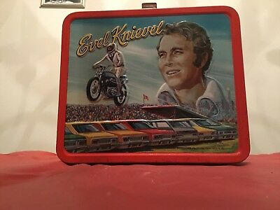 """EVEL KNIEVEL """" VINTAGE """" 1974 LUNCH BOX / WITH THERM0S (C+8) NICE l@@K !!!!!!"""