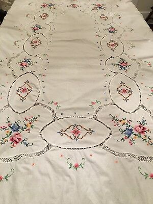 Vintage Cross Stitch Floral Embroidery & Crochet Rectangle Tablecloth 60 x 96