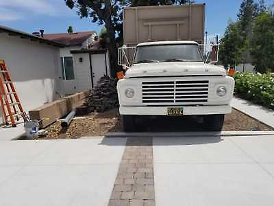 1969 FORD F600 Dump TRUCK in excellent condition
