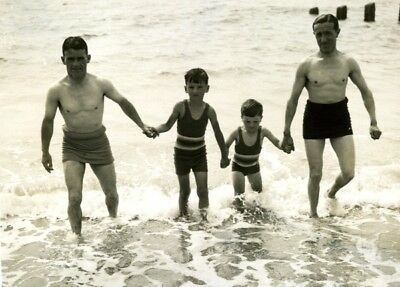 Jockey Gordon Richards Family Shoreham Seaside Bain de mer Vintage Photo 1935