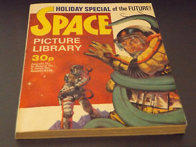SPACE PICTURE LIBRARY,HOL SP,1977 ISSUE,EXCELLENT FOR AGE,41 yrs old,RARE COMIC.
