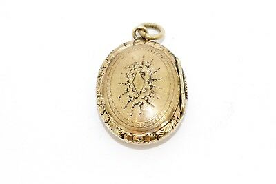 A Lovely Quality Victorian Gold Plated Embossed Locket Pendant #11309