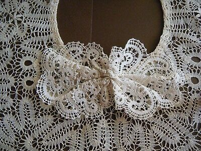 Old vtg 19c Collar w bow  Idrija or Idria lace handone attractive from  Europe