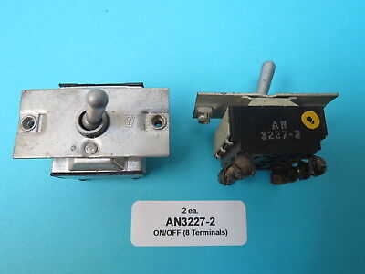 OFF/MOM ON TOGGLE SWITCH Vintage WWII Aircraft Cutler Hammer
