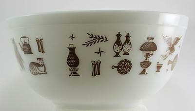 Vintage Pyrex Mixing Bowls Early American Heritage Bowl Rooster Eagle set of 3