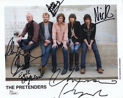 THE PRETENDERS HAND SIGNED 8x10 COLOR GROUP PHOTO     RARE   CHRISSIE HYNDE  JSA