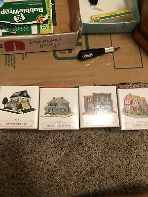 Liberty Falls American Collection Houses Set Of 4 MINT CONDITION