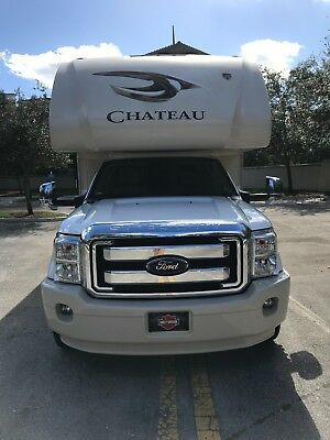 2016 THOR Chateau 35SF Super C Diesel Motor home LOADED