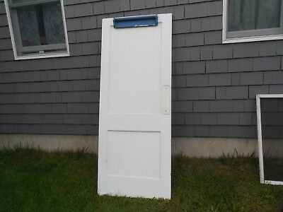 """RARE 1930s PARLOR DOOR 32"""" X 79"""" WITH CLOSING SPRING OLD PAANRY KITCHEN DOOR"""