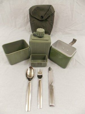 Yugo Serbia Military Mess Kit With Canteen and Utensils