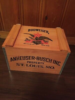 Vintage Anheuser Busch Budweiser Beer Wooden Crate Box with Lid