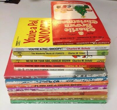 Lot Of 13 Vintage Peanuts Charlie Brown Books Charles M. Schulz w/Christmas