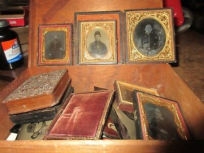 Large Family Collection of Tintypes, 3 Civil War Soldiers, Cased Images.  21 pcs
