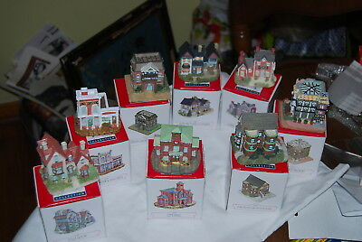 Lot of 8 Liberty Falls houses in boxes