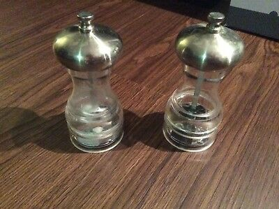 Salt and Pepper Shaker Grinders Clear Glass Silver Metal