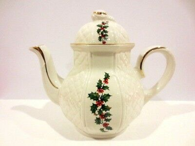 Vintage Arthur Wood Tea Pot England Christmas Holly &  Berries