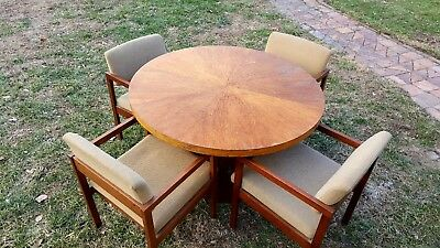 "Vintage Round  48"" x 29"" Dining Room Kitchen Table Matching Upholstered Chairs"