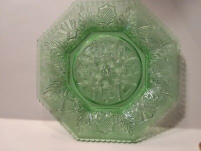 3 Beehive and Thistle -  Antique, Green Octagonal Dessert Plates
