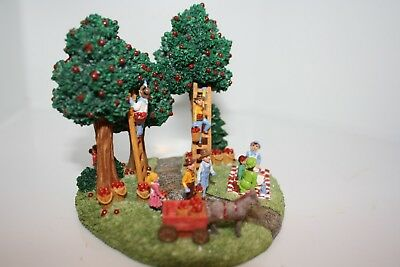 Liberty Falls Collection Apple Orchard AH800 Mint 1999