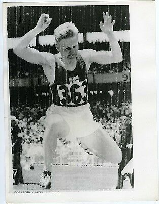 United Press Photos LONDON Finland's VALKAMA Melbourne 1956 long jump PHOTO
