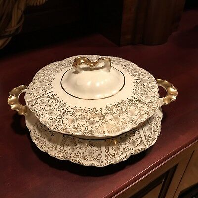 W S George Radisson Casserole Dish With Lid  White & Gold Vintage