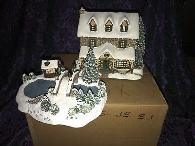 Hawthorne Thomas Kinkade Christmas Village From the Heart Gifts W/ skate Pond
