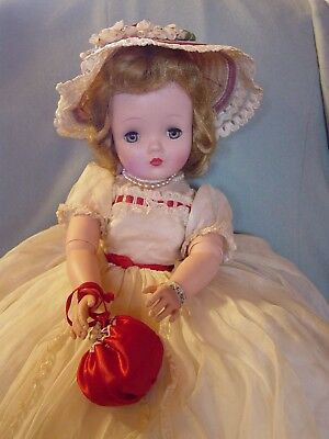 Madame Alexander Vintage Hard Plastic Cissy Doll In Summer Organdy Gown