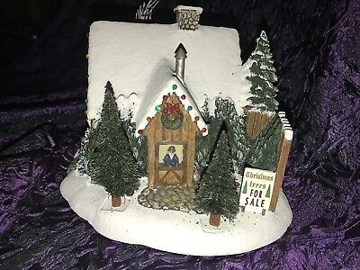 Hawthorne Thomas Kinkade Christmas Village: St. Nicholas Christmas Shop w/ Light