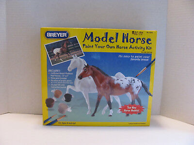 Breyer #4099   HORSE PAINT YOUR OWN HORSE ACTIVITY KIT