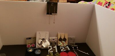 lot 10 pairs mostly pierced earrings