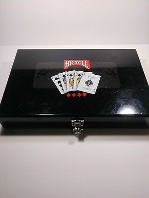 Preowned Bicycle Masters 300 8-Gram Clay Composite Poker Chip Set