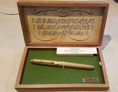 Vintage Parker Fountain Pen,Made in France Hallmarked 14K Gold Nib in Wood Box