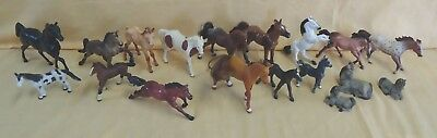 Toy Horse Lot Of 18 Small-Med Size Mixed Makers Breyer Safari Blue Ribbon Ranch
