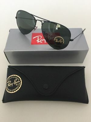 New.Authentic Ray-Ban RB3025 Aviator Black / Green Classic G-15 lens 58mm