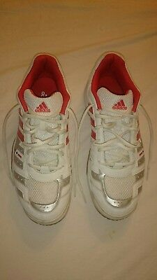 ADIDAS SPEEDCOURT GR. 43,5 Fitness Studio Cloud Sneaker