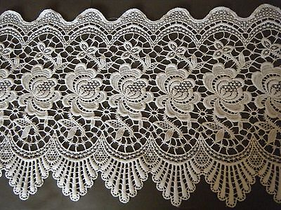 """Vtg Schiffli lace of white trim for VALANCE or curtains great design 76 """" X14"""""""