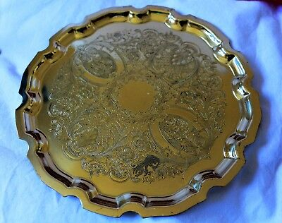 Brass Vintage Tray / Platter   Tray Size is 21cm across....