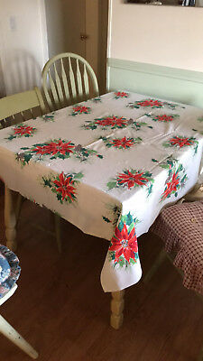 Vintage Christmas Tablecloth Vtg Kitchen Linens Pine Cones Poinsettias Free Ship