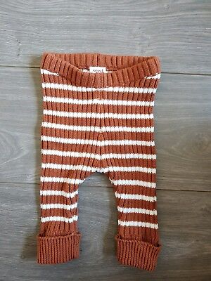 Like New SEED Baby knitted Legging Size 000