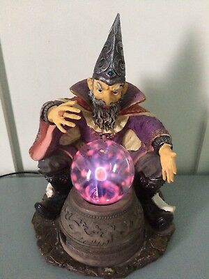 RARE Wizard Statue Plasma Light Crystal Ball Sphere Electric Magic Lamp Sorcerer