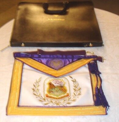 Hand Embroided Masonic Montana Grand Master Apron W/ Carrying Case