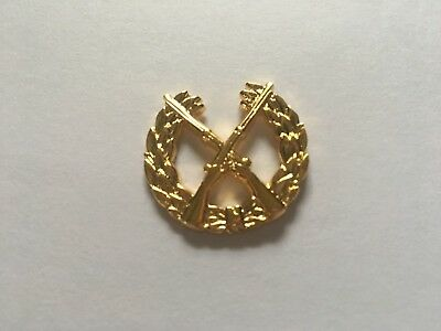 Us Army Infantry Opfor Hat Pin Gold Measures 1 Inch