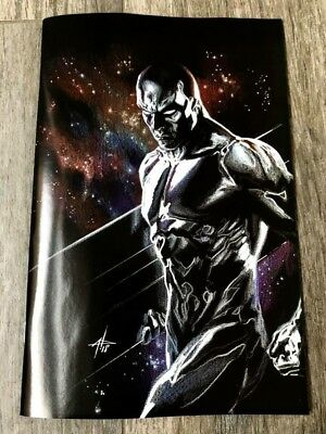 Defenders Silver Surfer #1 Gabriele Dell'Otto 9.6-9.8 Virgin Variant