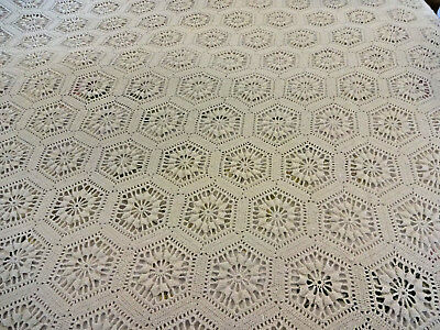 VTG Antique Off White Hand Made Crochet/Fringes Bedspread for Full Queen USA