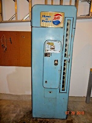 Unusual Vintage VMC-SA144 1950's Pepsi Soda Vending Machine Vendolator