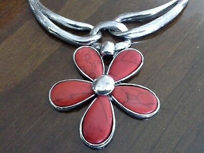 Red Resin Imitation Coral & Silver Metal Statement Flower Power Necklace J131