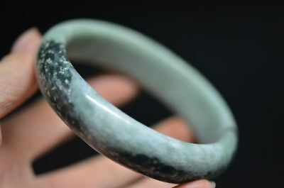 Exquisite Chinese Natural Jade Hand Carved Bracelet H8