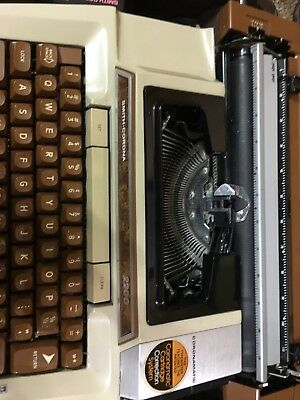 Smith Corona Vintage Coronamatic 2200 Electric Typewriter In Case Working