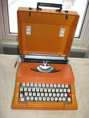 1970's ORANGE SEARS CHEVRON TYPEWRITER W/ CASE, TESTED, WORKS! MADE IN PORTUGAL