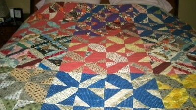 HANDMADE, HAND SEWN VINTAGE QUILT Square Pattern FULL